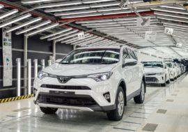 Toyota отзовет в России 82,5 тысячи машин из-за угрозы возгорания