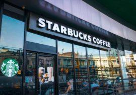 Starbucks отказывается от наличных денег, чтобы обезопасить клиентов и сотрудников