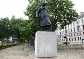 Борис Джонсон отказался сносить памятник Черчиллю и потребовал «не подвергать цензуре прошлое»
