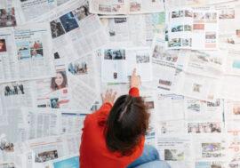 Психологи объяснили, почему пожилые люди постят так много фейковых новостей