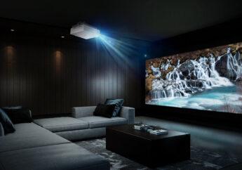 Новый проектор LG CINEBEAM выводит просмотр фильмов в домашнем кинотеатре на новый уровень