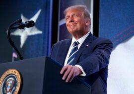 Дональда Трампа номинировали на Нобелевскую премию