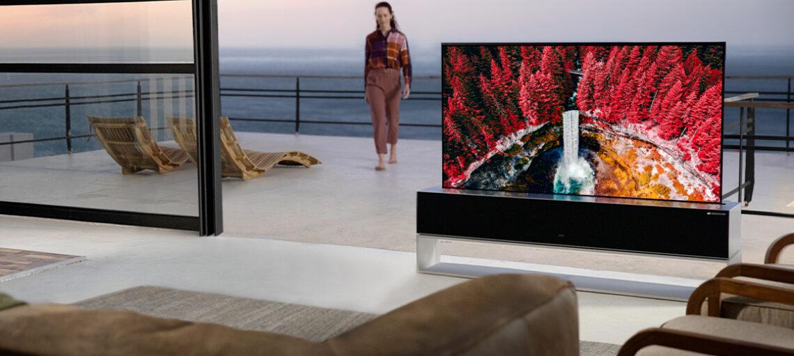 Старт продаж долгожданного сворачивающегося OLED-телевизора LG - поворотный пункт в истории ТВ