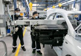 В Алматы запустили завод  по производству легковых автомобилей