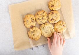 ГМО нашли в популярном печенье в Казахстане