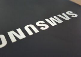 Samsung презентовал новые смартфоны с гибким экраном
