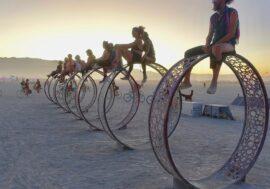 Burning Man распродает свою арт-коллекцию, чтобы собрать деньги на проведение следующих фестивалей
